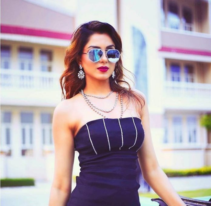 Monica Gill - hottest punjabi actresses