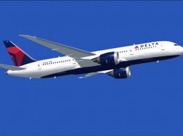 delhi airlines ejects muslim couple