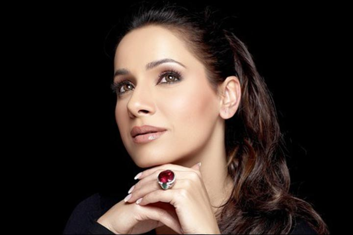 Neelam Kothari - Best Fashion designer in india