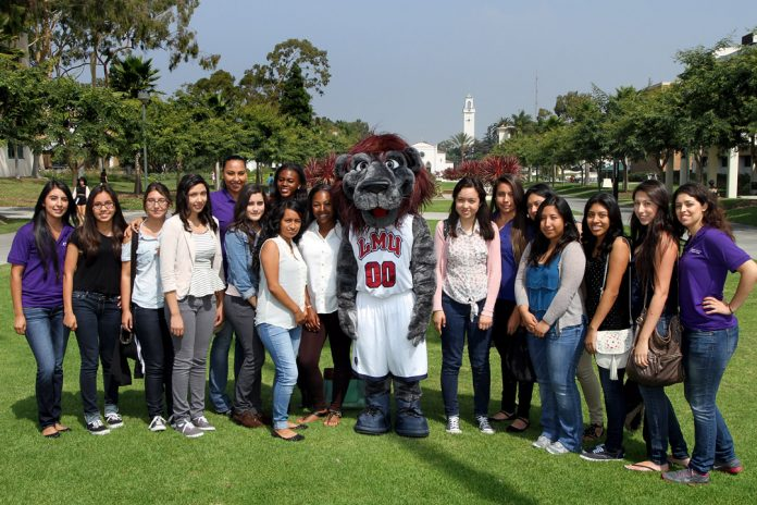 international students enrollment take a dip in USA