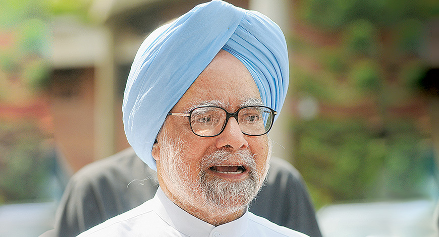 Prime Minister Manmohan Singh demands apology from modi