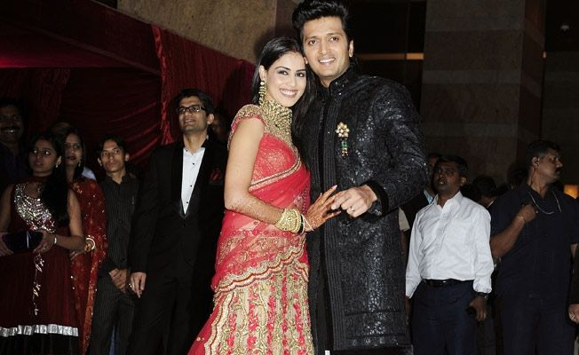 Genelia D'Souza - Riteish Deshmukh Top Most Romantic Couples