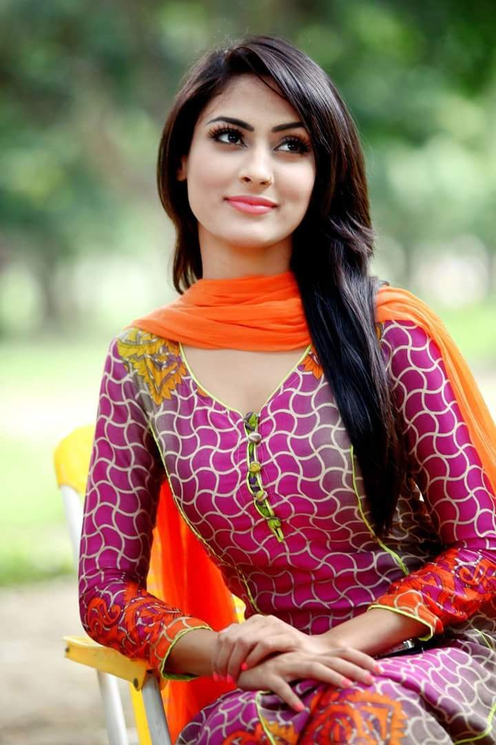 Beautiful Bangladeshi Girls | Indian hair color, Beautiful