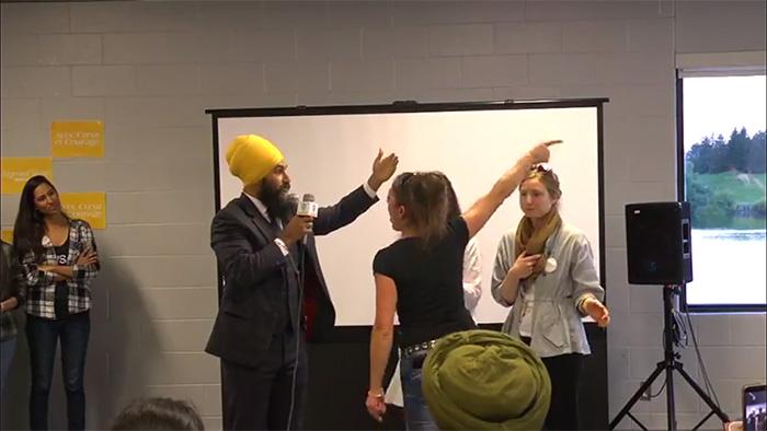 Jagmeet Singh handles a heckler Canada meet and greet function