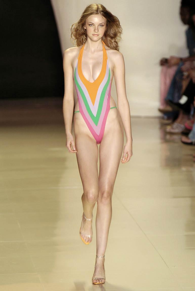 Carolene Trentini - Sexiest and Hottest Brazilian Model