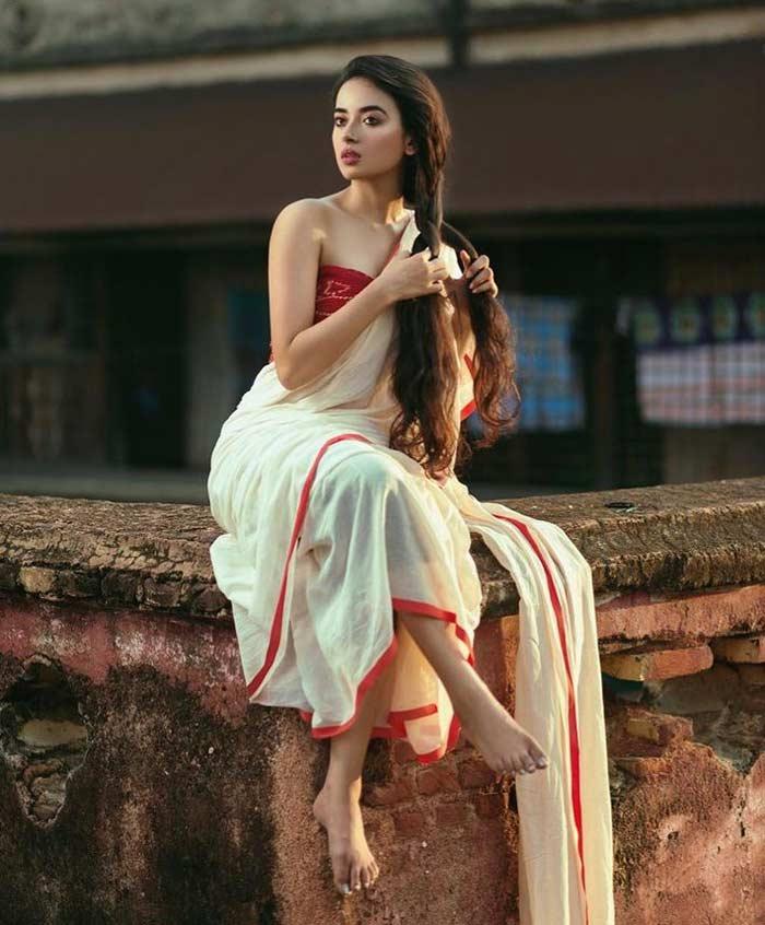 Bangladeshi Queen looks like angel. | sexyblogger