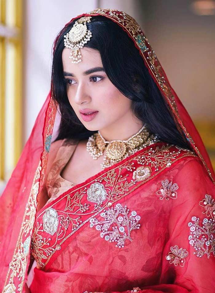 Top Bangladeshi Beautiful Girl Pictures, Photos, & Images